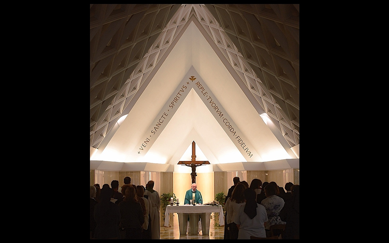 Pope Francis in Santa Marta chapel - 11 sept. 2015