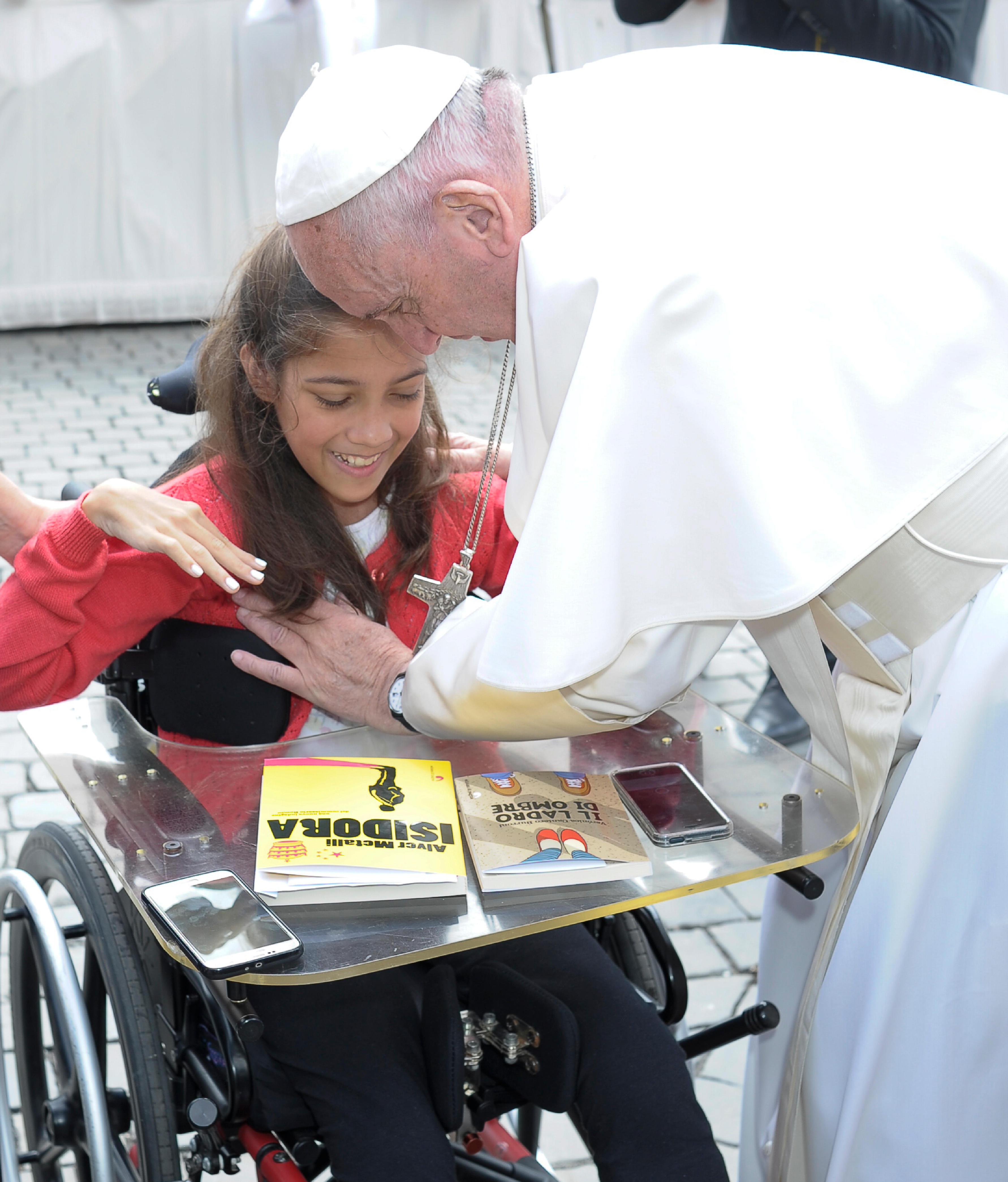 Veronica Cantero Burroni et le pape François, 1er juin 2016, L'Osservatore Romano