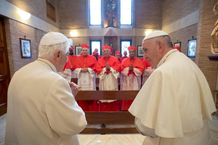 Benoît XVI rencontre les nouveaux cardinaux du 19 novembre 2016 © L'Osservatore Romano