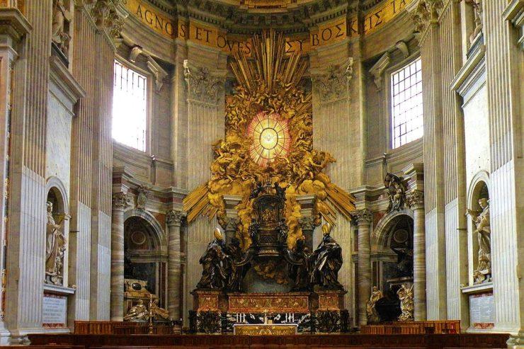 Chaire de Saint Pierre © Wikimedia Commons / Vitold Muratov