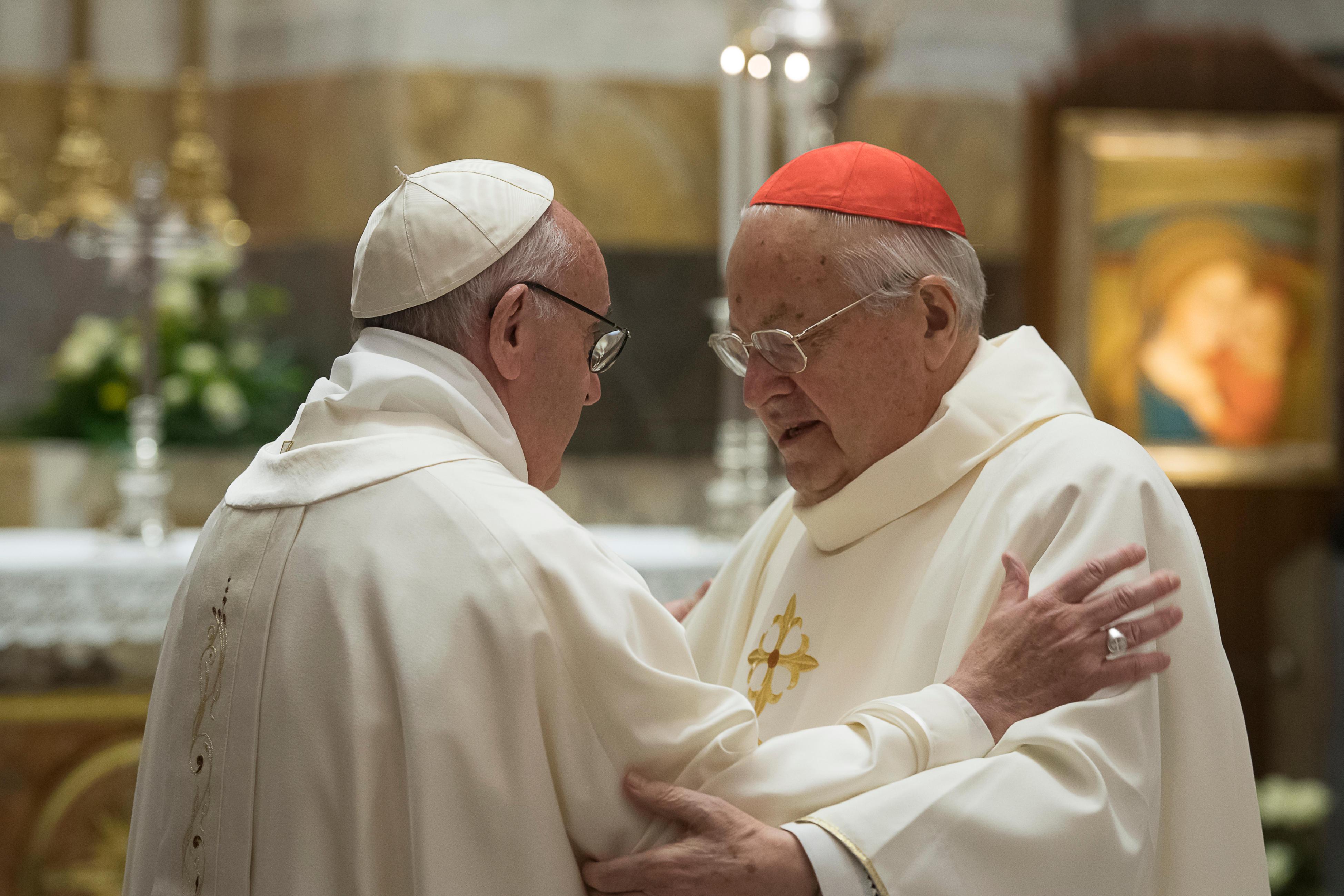 Messe dans la chapelle Pauline pour les 90 ans du card. Sodano © L'Osservatore Romano