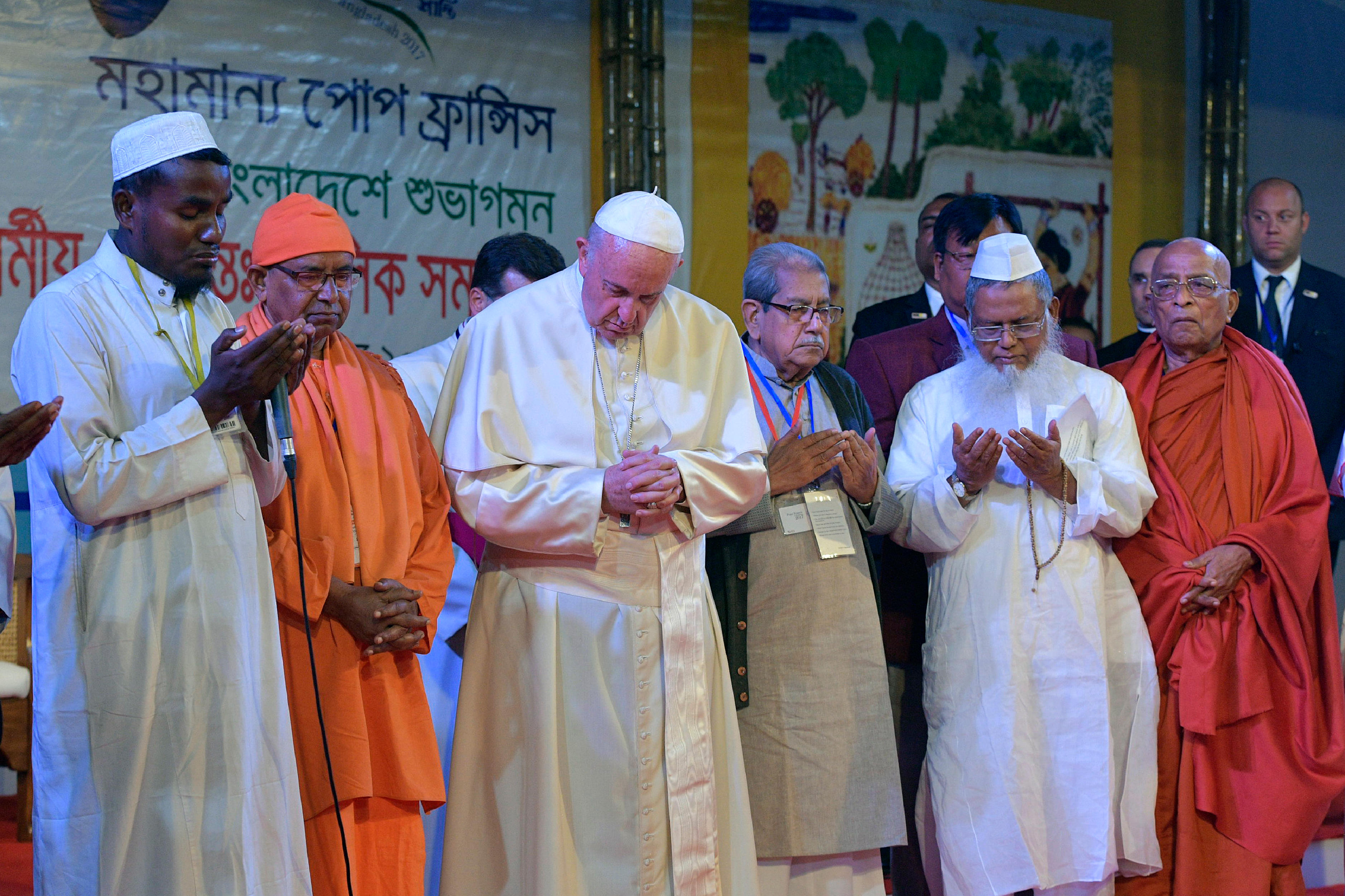 Prière interreligieuse pour la paix, Dacca, Bangladesh © L'Osservatore Romano