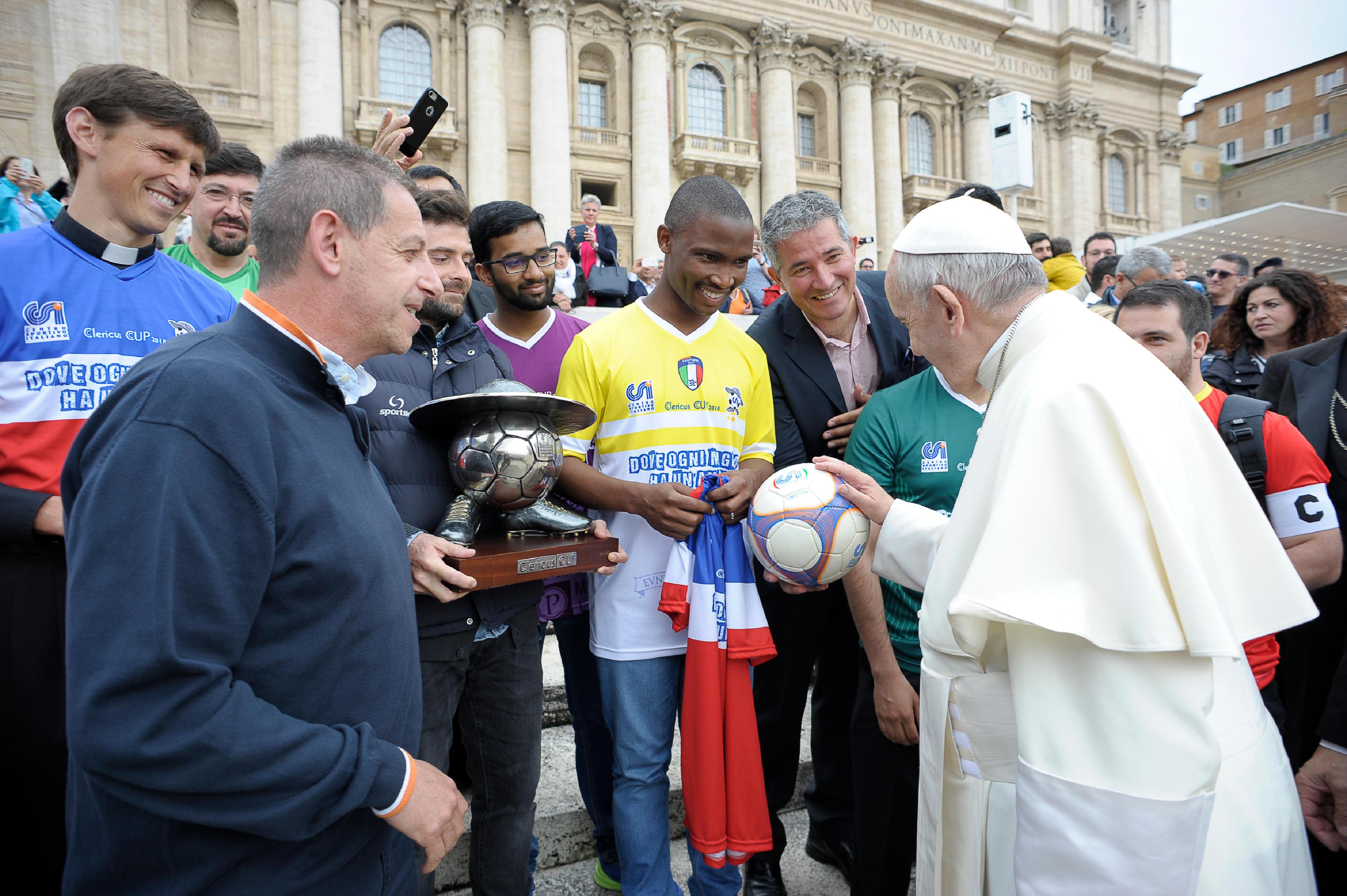 Joueurs de football de la Clericus Cup © Vatican News