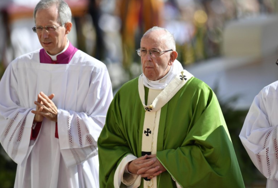 « Déclarez la guerre au harcèlement! », recommande le pape aux jeunes  Pape-Fran%C3%A7ois-s%C3%A9rieux-%C2%A9-Vatican-Media