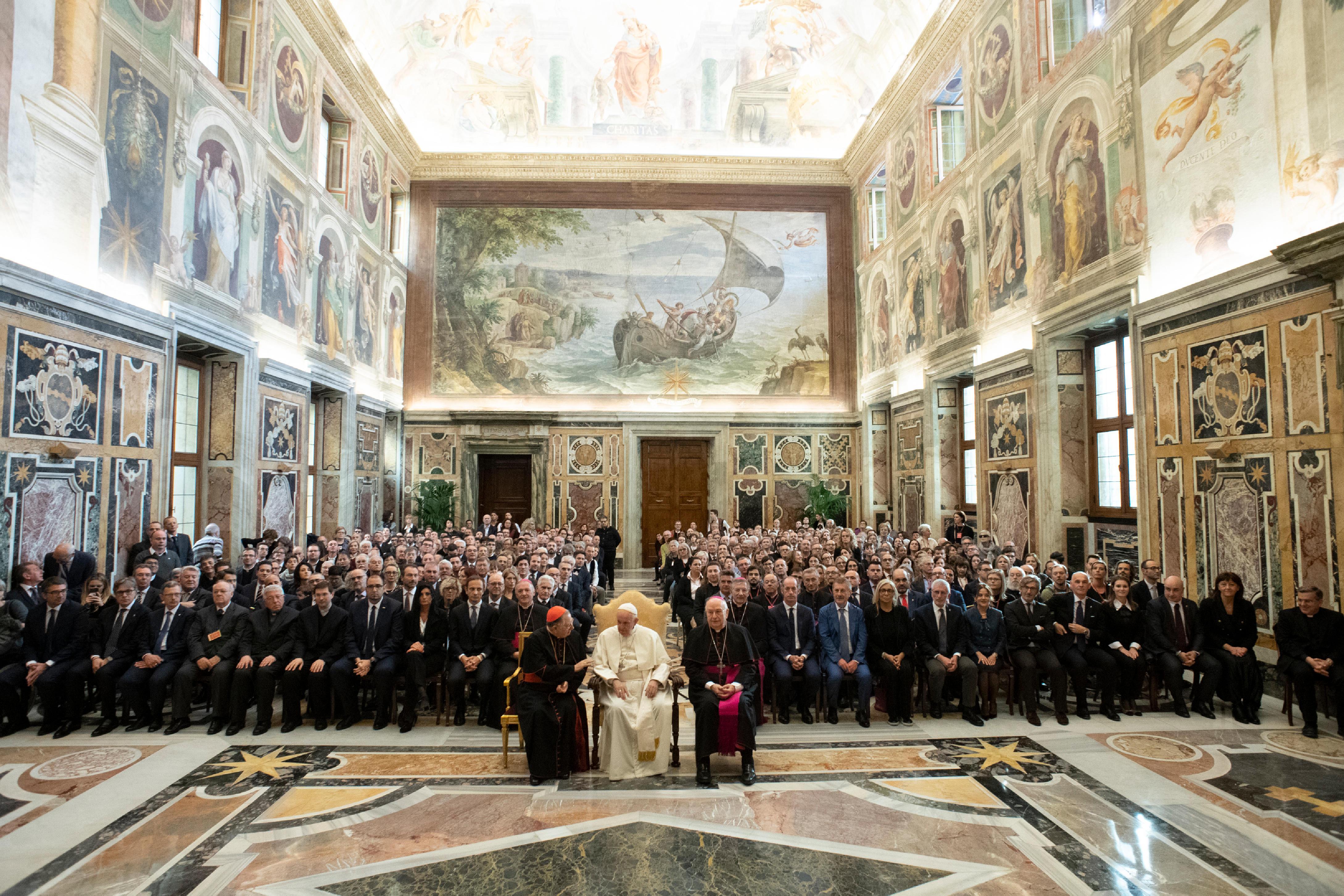 Délégations de la crèche et du sapin de Saint-Pierre © Vatican Media