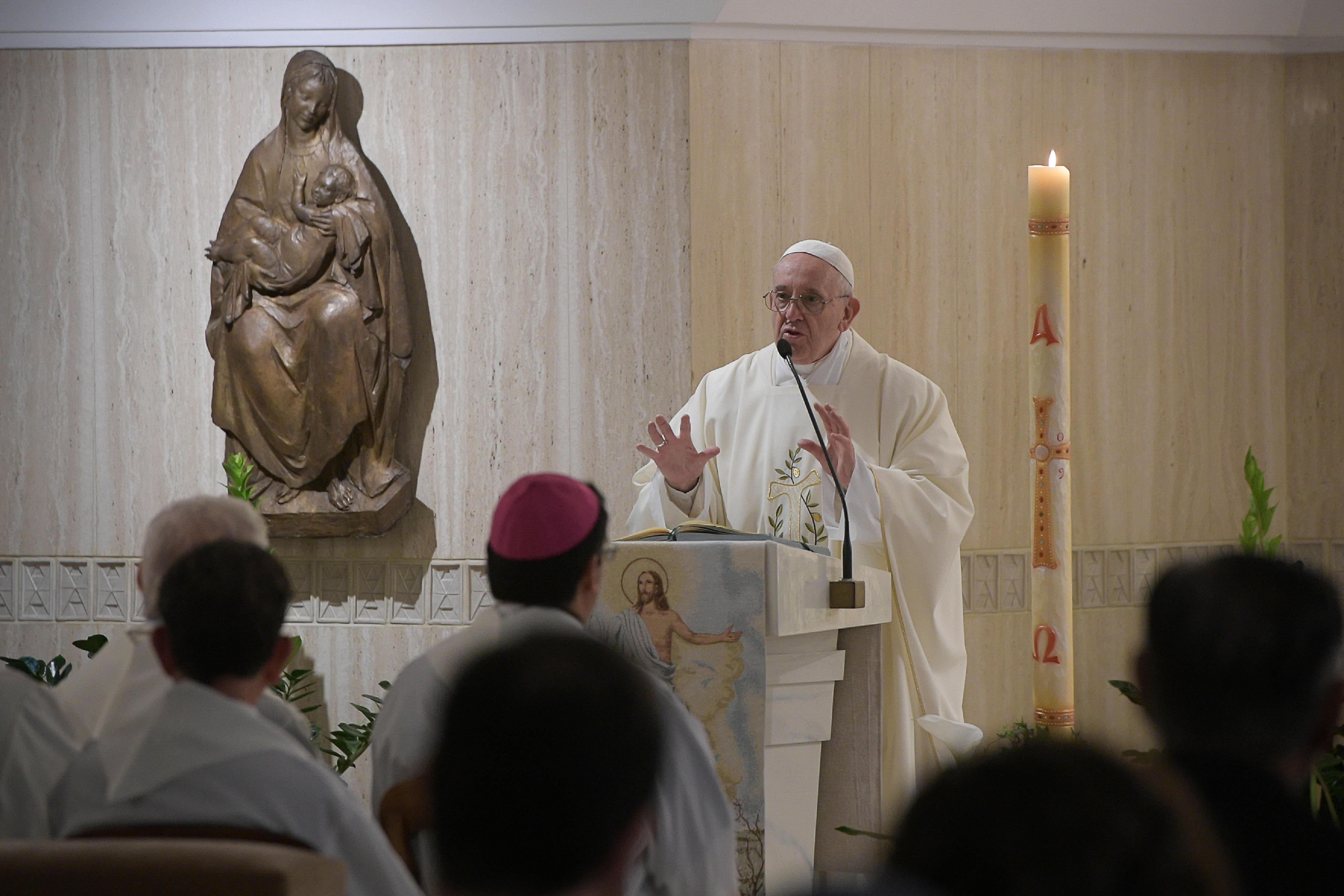 Messe à Ste-Marthe : l'Esprit Saint, compagnon de route du chrétien  Or300419_41