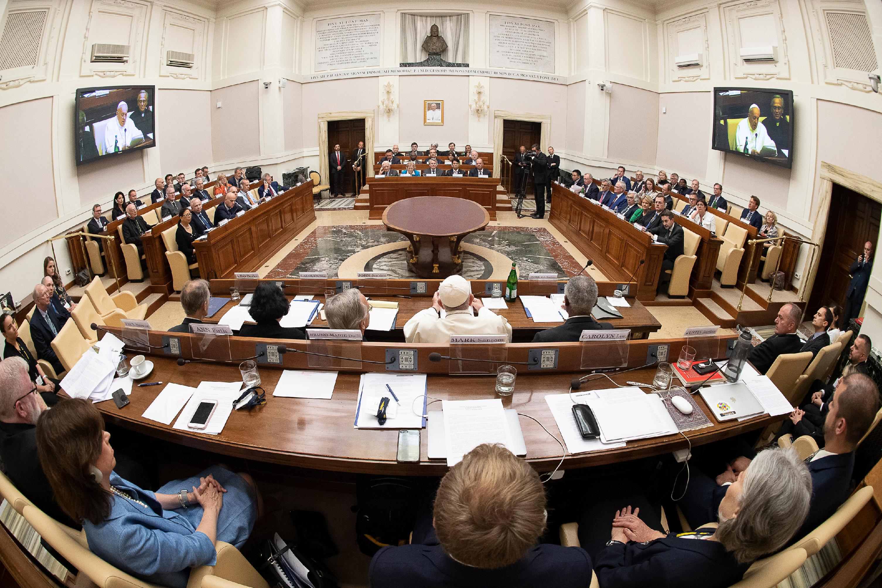 Leaders de compagnies pétrolières © Vatican Media