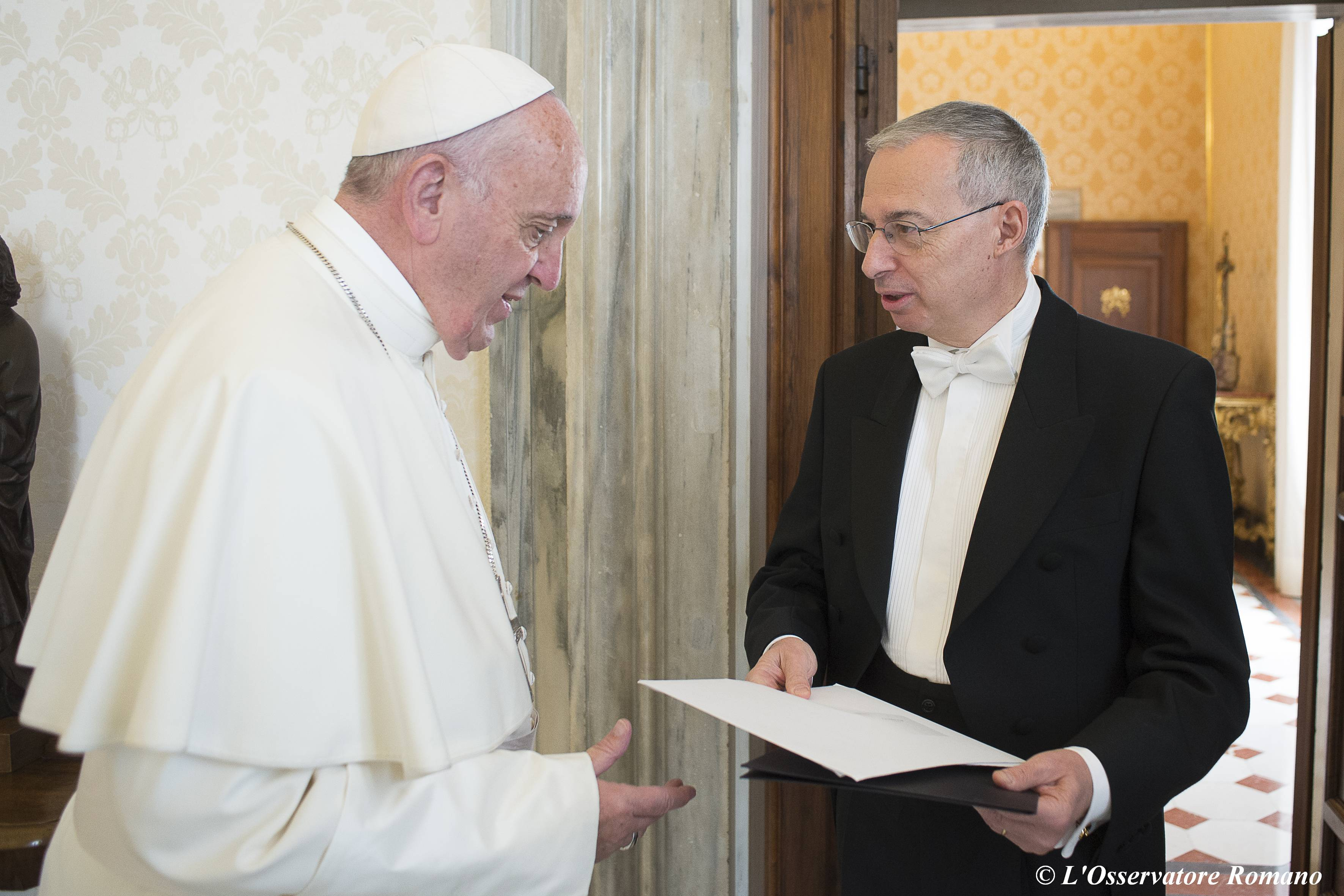 Pope Francis receives the new Ambassador of the Principality of Monaco