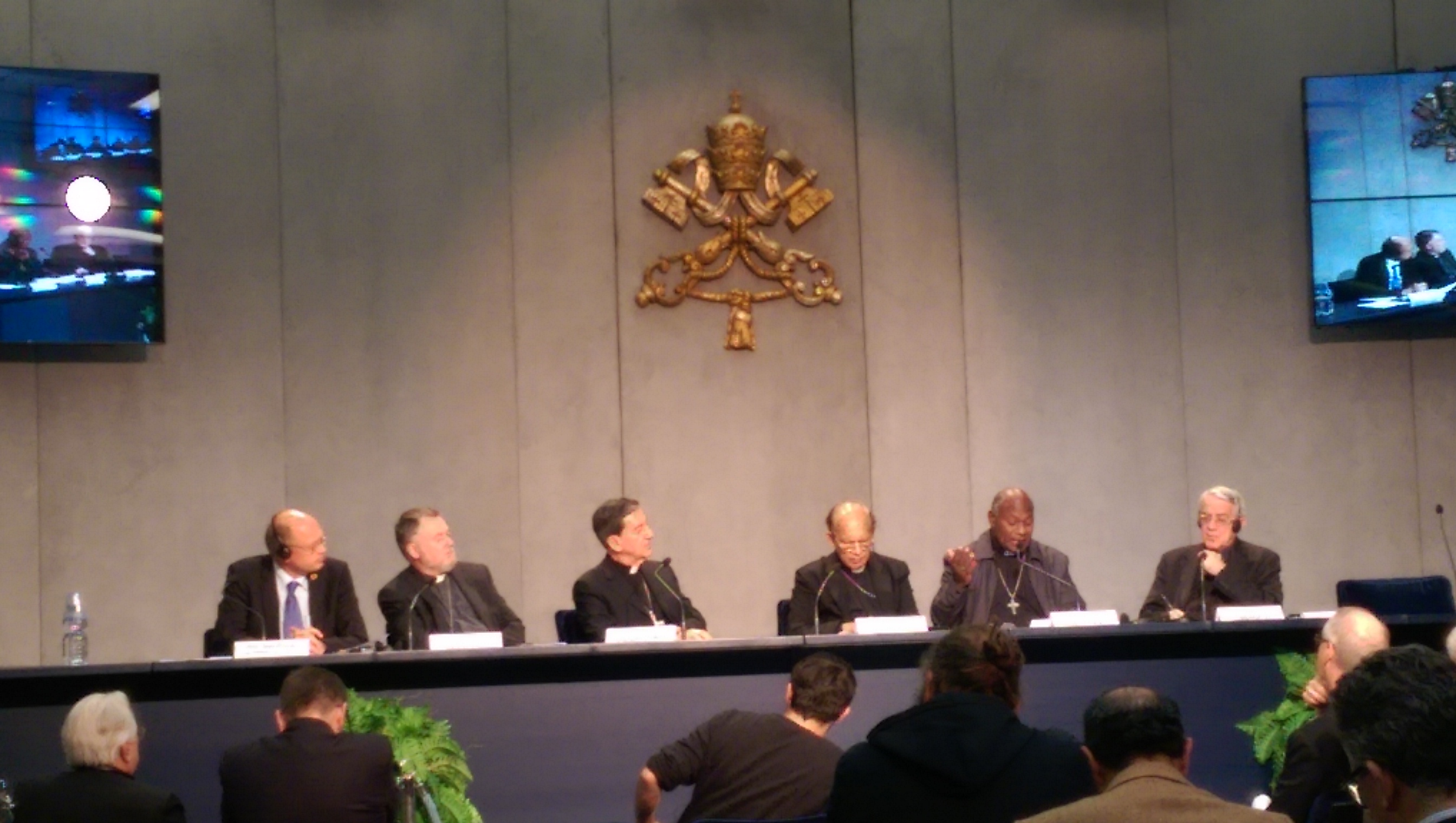 Press conference to present the appeal of the cardinals