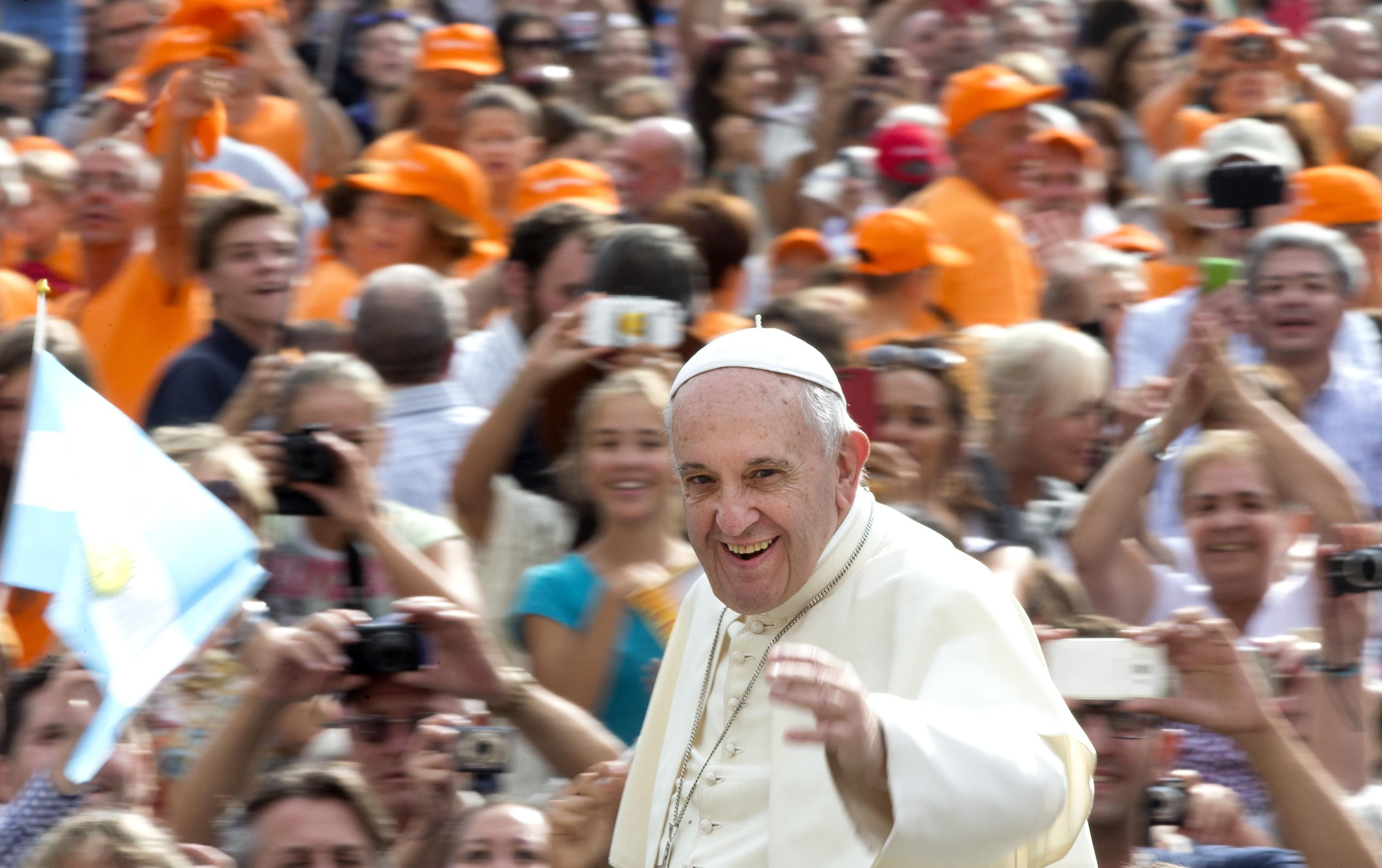 Pope Francis greets the faithful at the General Audience of Wednesday