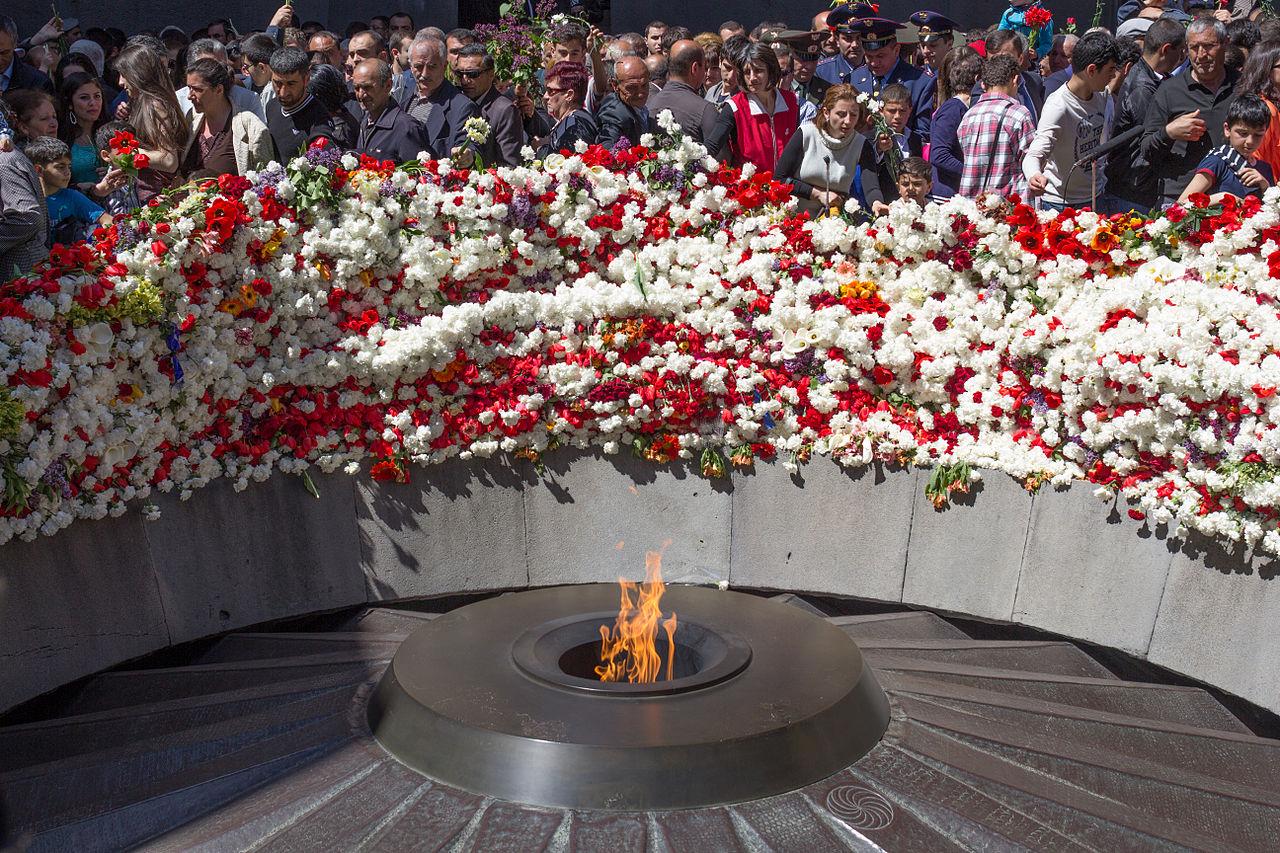 Memorial de Tsitsernakaberd, WIKIMEDIA COMMONS - Serouj Ourishian
