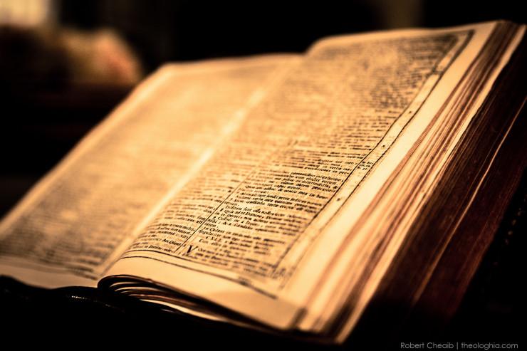 La Bible @ Robert Cheaib - flickr.com/theologhia