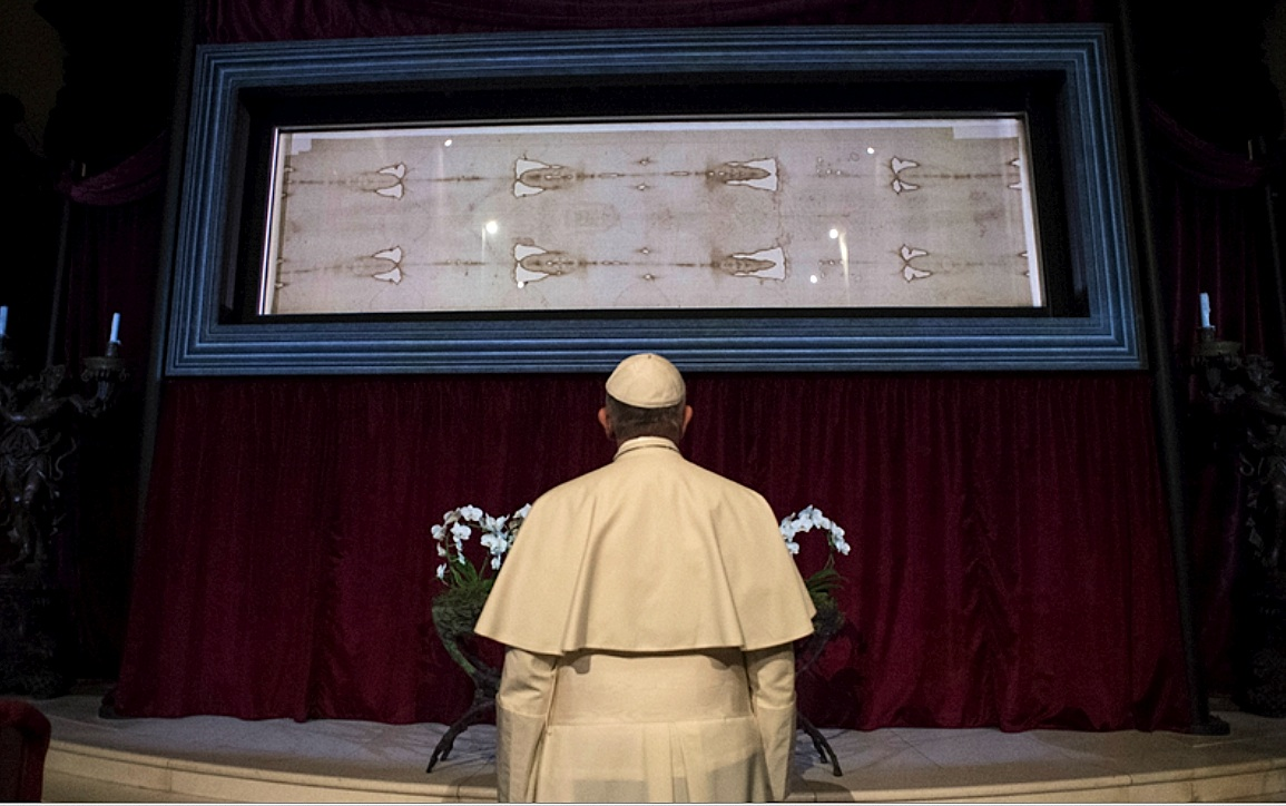 Pope Francis in front of the Holy Shroud