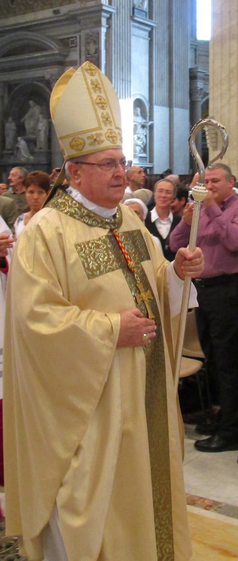 Cardinal Leonardo Sandri, domaine public