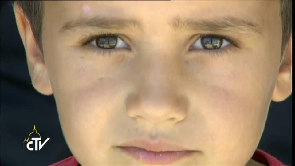 Enfant du camp de réfugiés de Lesbos, capture