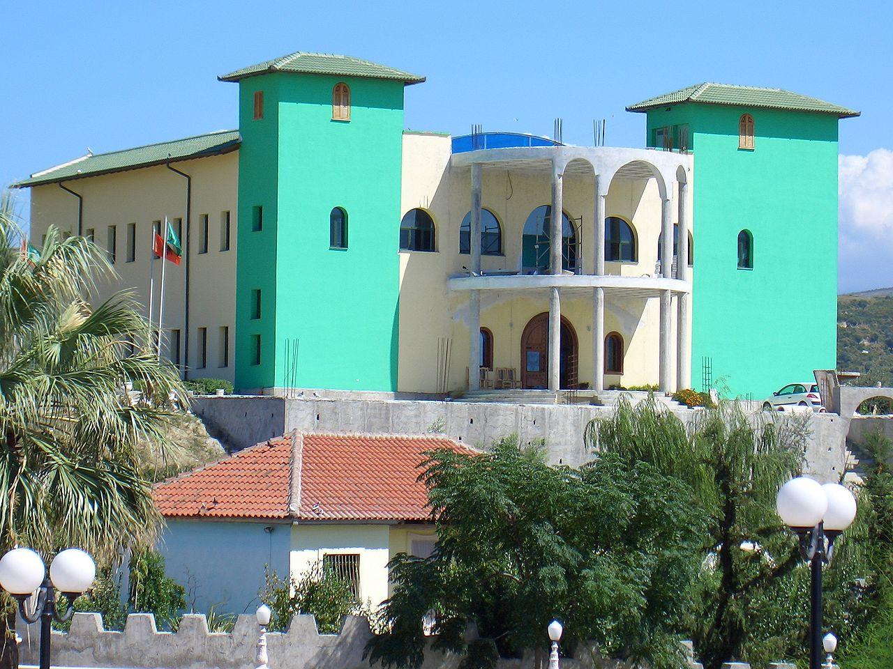Centre Bektashi, Vlora, Albanie, wikimedia commons (Decius)