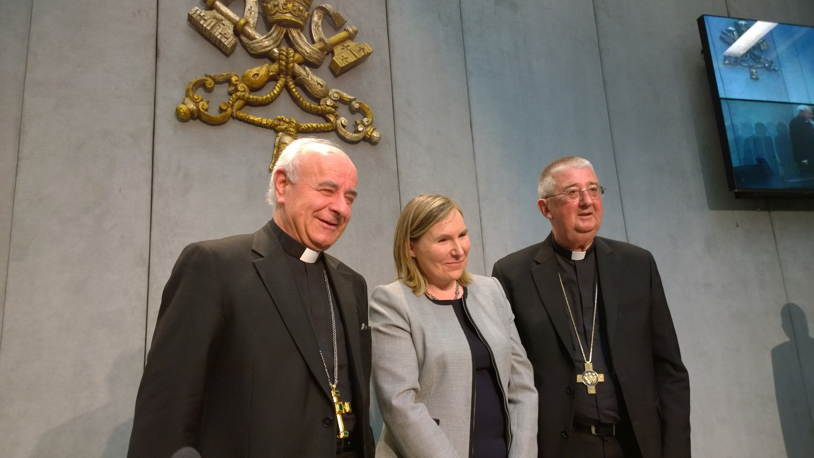Mgr Paglia, Mme Madigan, ambassadrice d'Irlande et Mgr Martin, Zenit - HSM