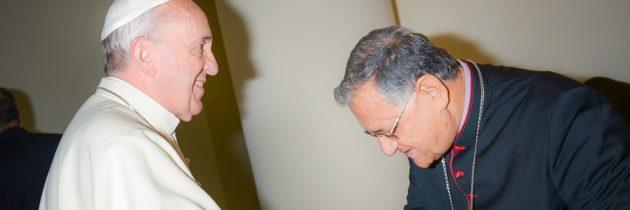 Le patriarche Fouad Twal reçu par le pape François, lpj.org