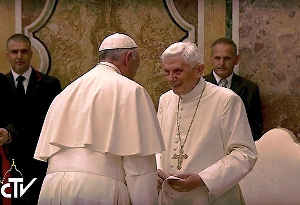 Le pape émérite Benoît XVI et le pape François 28/06/2016 © L'Osservatore Romano