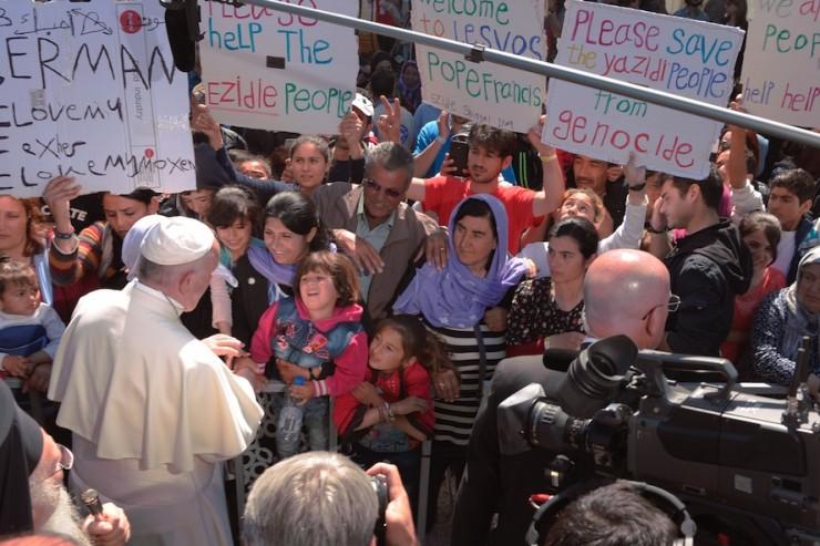 Visite du pape au camp de réfugiés de Moria (Lesbos, Grèce) © L'Osservatore Romano