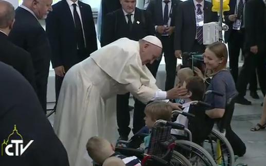 Le pape François à l'hôpital pédiatrique de Prokocim, Cracovie