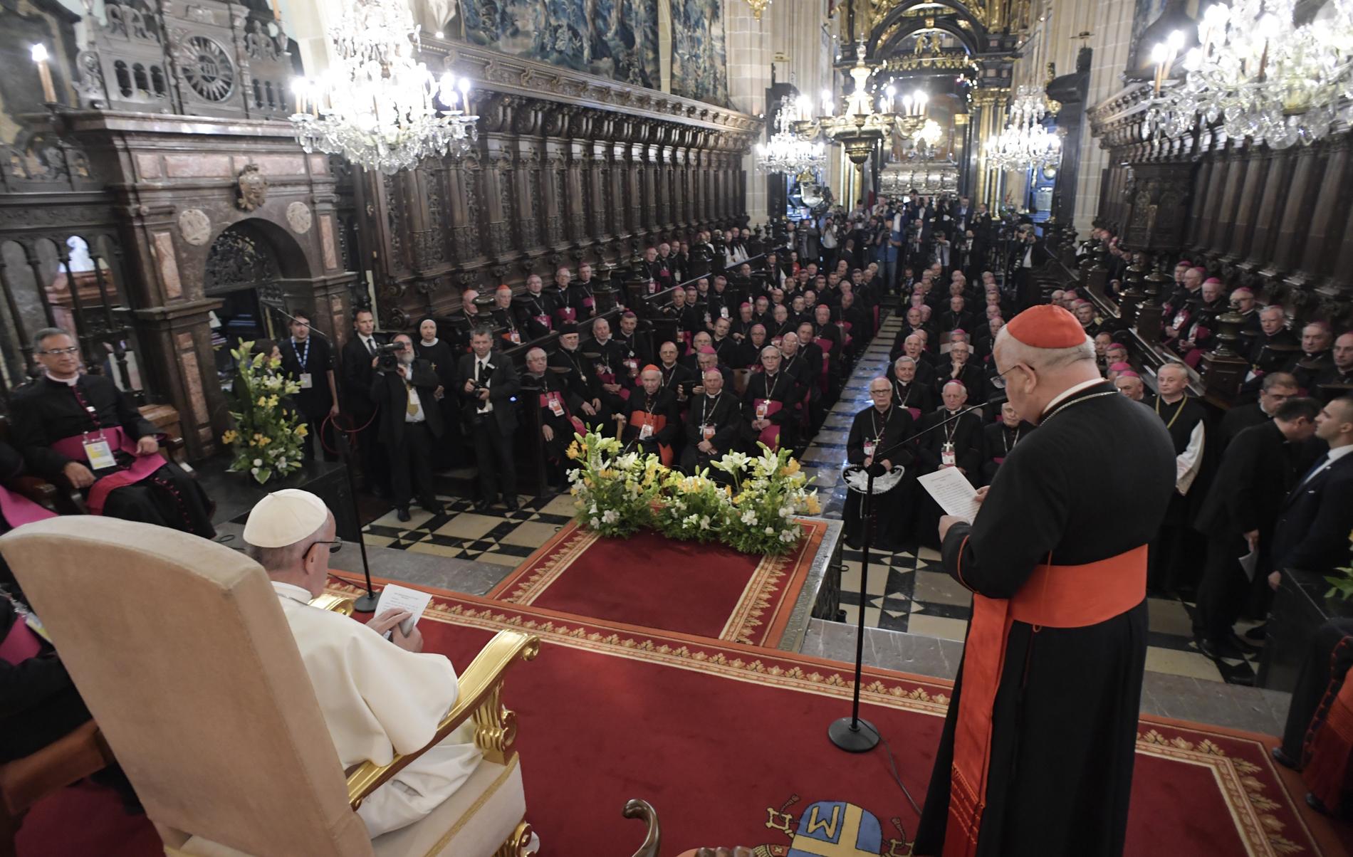Rencontre avec les évêques de Pologne, cathédrale de Cracovie © L'Osservatore Romano