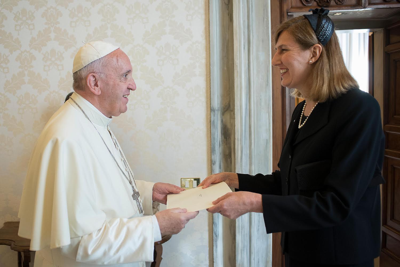 Mme Hitchman (Australie) présente ses lettres de créance © L'Osservatore Romano