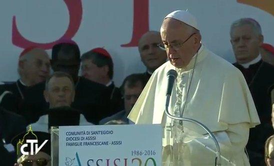Assise 2016, allocution finale du pape François, capture