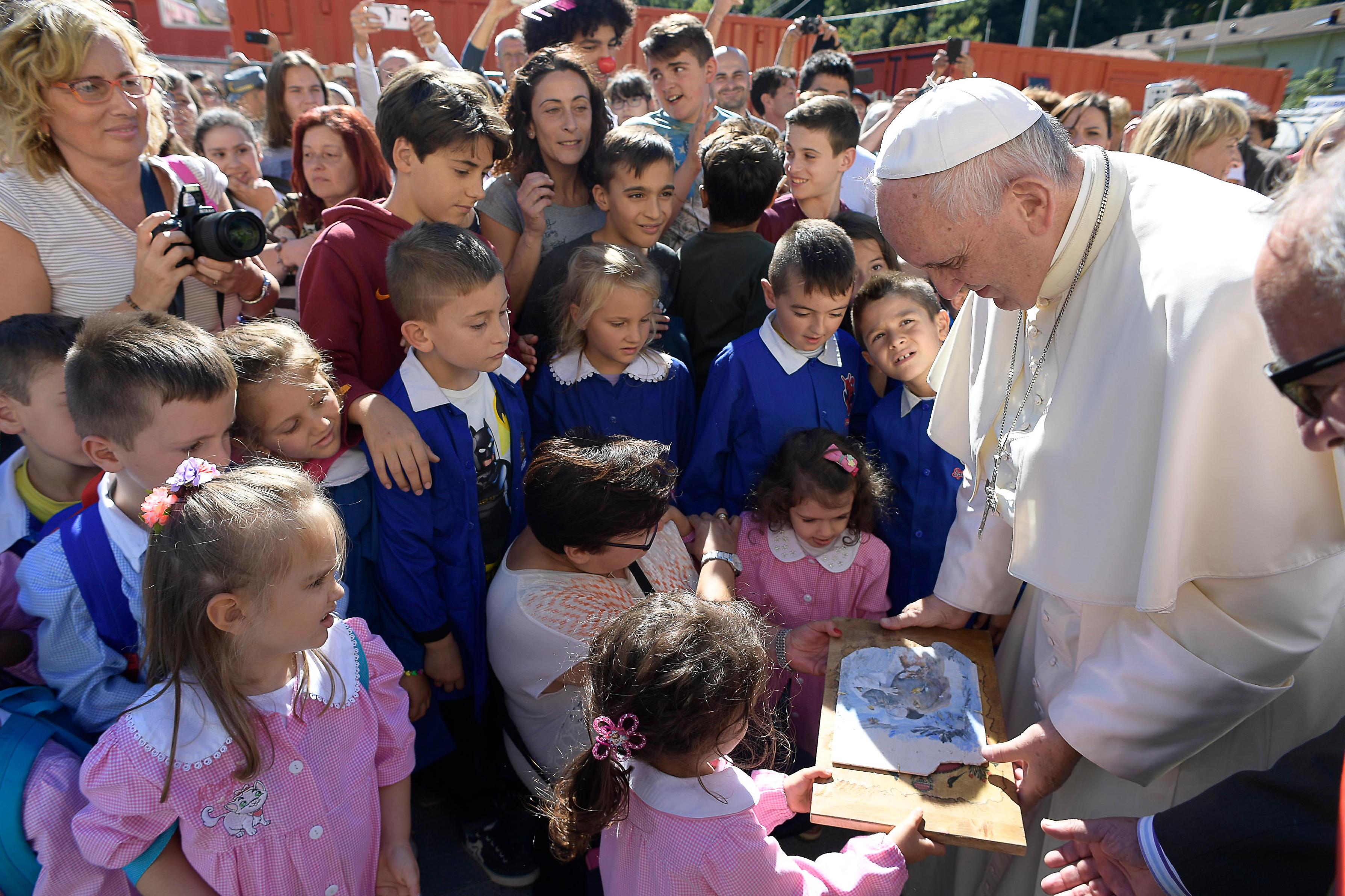 Le pape à Arquata del Tronto après le séisme © L'Osservatore Romano