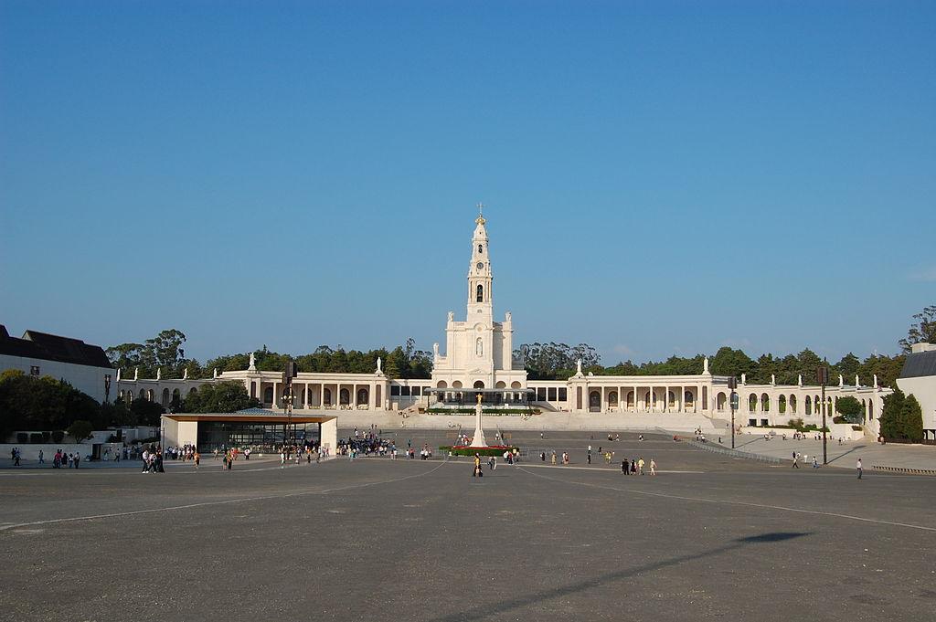 Sanctuaire de Fatima © Wikimedia Commons / Aracuano