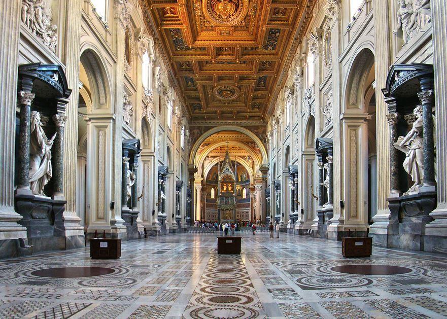 Intérieur de la basilique du Latran © Wikimedia Commons / Tango7174