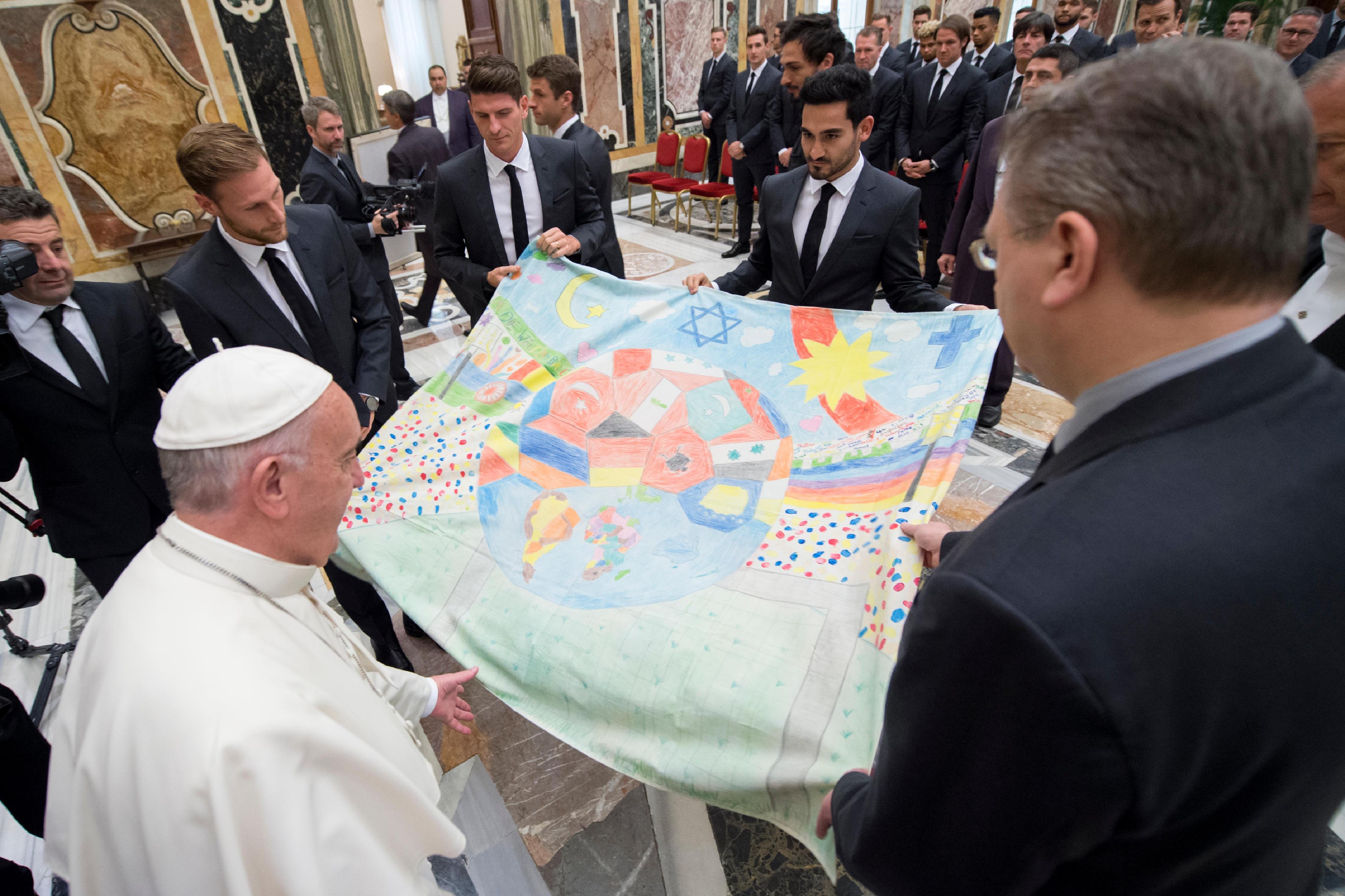 Le pape reçoit la Mannschaft © L'Osservatore Romano