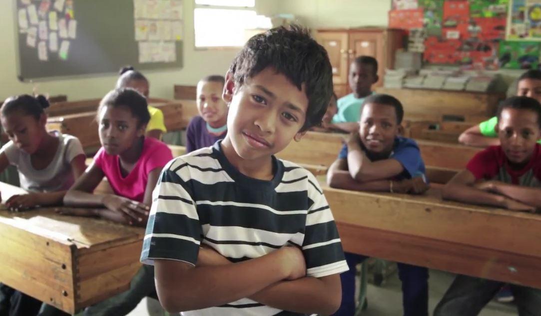 Enfants à l'école © Réseau mondial de prière du pape
