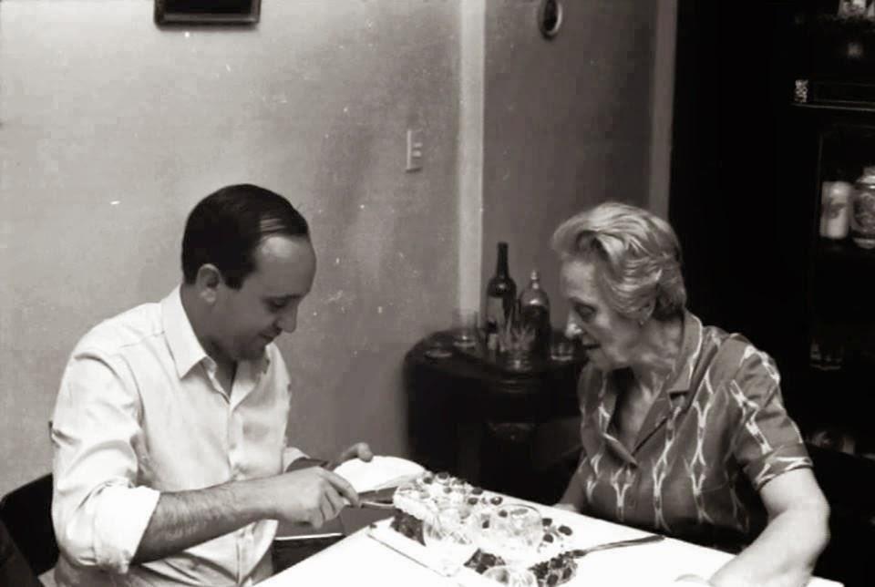 Jorge Mario Bergoglio et sa grand-mère Nonna Rosa, source Il Sismografo