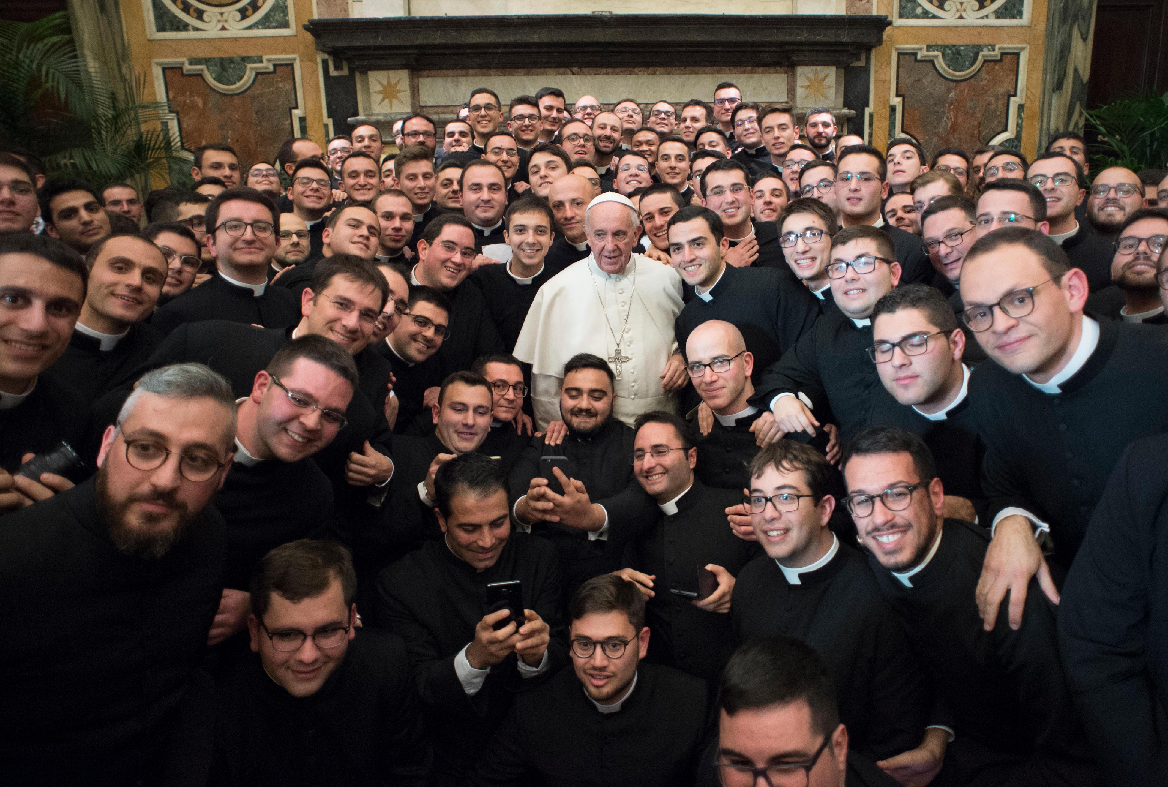 Communauté du séminaire pontifical régional des Pouilles © L'Osservatore Romano