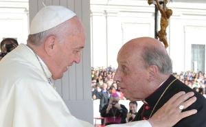 Le pape François et Mgr Etchevarria, courtoisie de l'Opus Dei