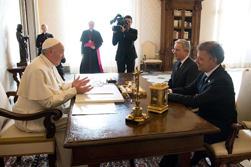 Le pape fait se rencontrer les présidents de colombiens © L'Osservatore Romano