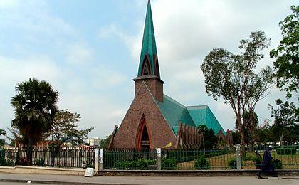 Congo-Brazzaville, basilique Sainte-Anne © Wikimedia Commons / Giovanni Di Iorio