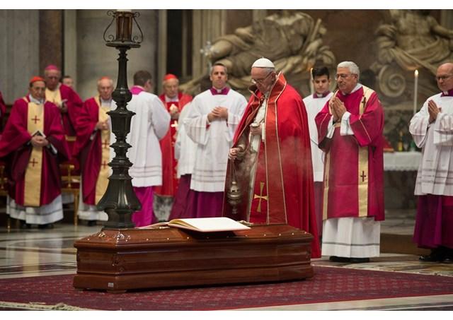 Dernier hommage au card. Gilbert Agustoni © L'Osservatore Romano