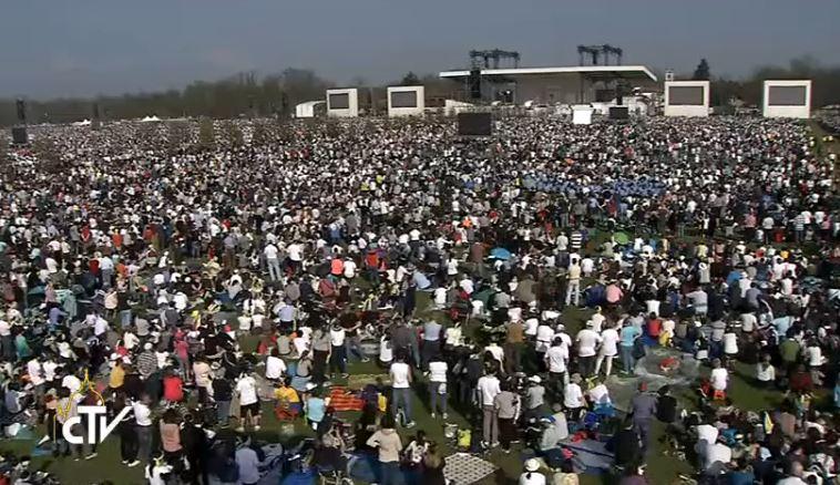 Messe au parc de Monza, Milan, capture CTV