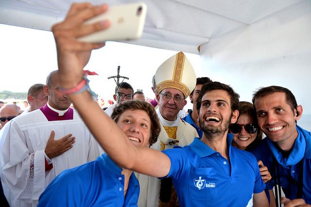 Les jeunes et le pape © Mazur/catholicnews.org.uk - CC BY-NC-SA 2.0