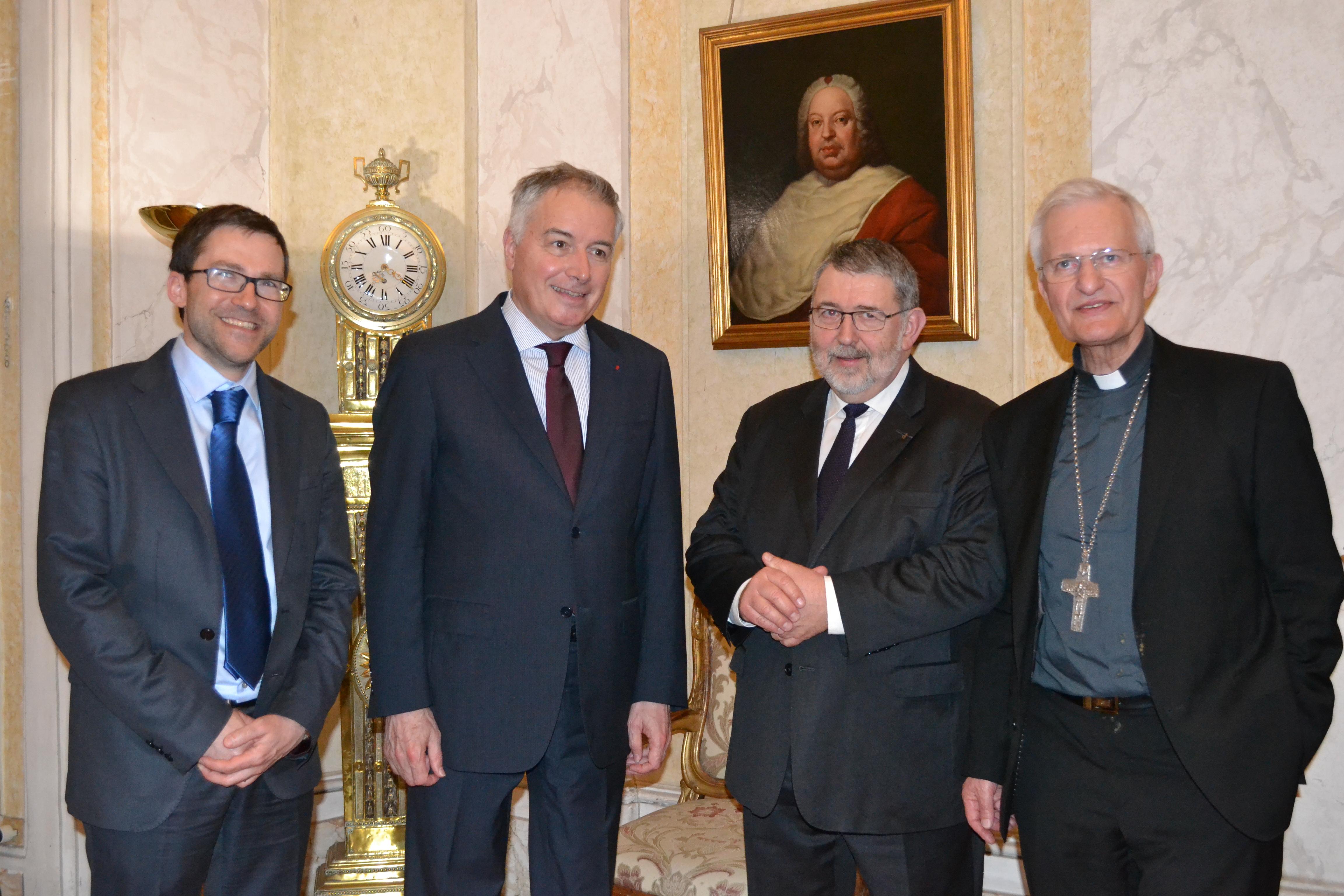 Guillaume Nicolas (DG de la DCC), Philippe Zeller (Ambassadeur de France près le St Siège), François Fayol (président de la DCC), Mgr Jean-Louis Papin (évêque de Nancy et Toul), courtoisie de la DCC