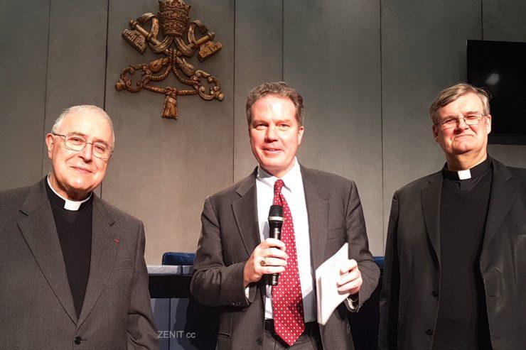 Le p.Bernard Ardura, Greg Burke, le p. Johannes Grohe © ZENIT - HSM