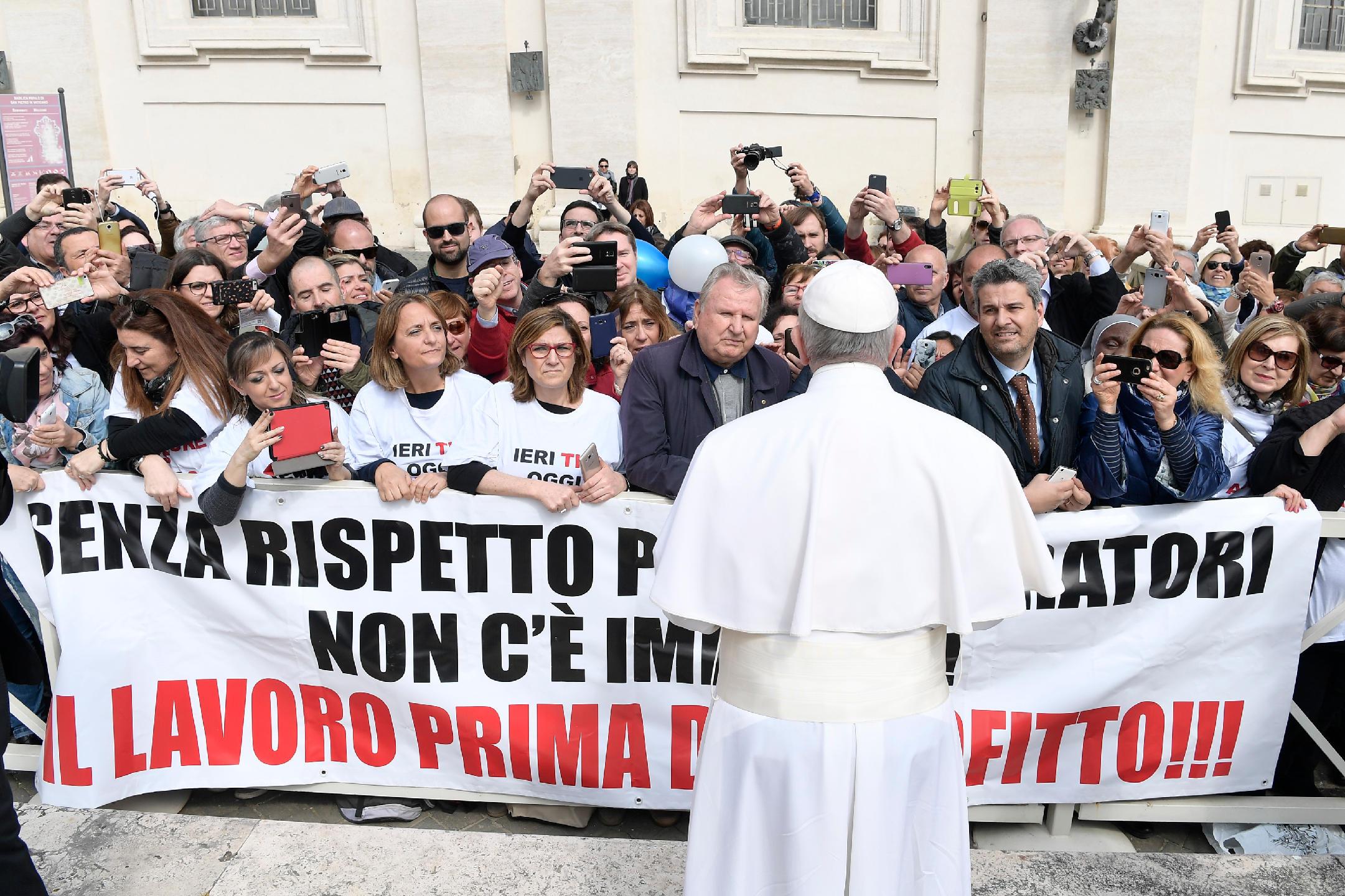 Travailleurs Audience générale du 22 mars 2017 © L'Osservatore Romano
