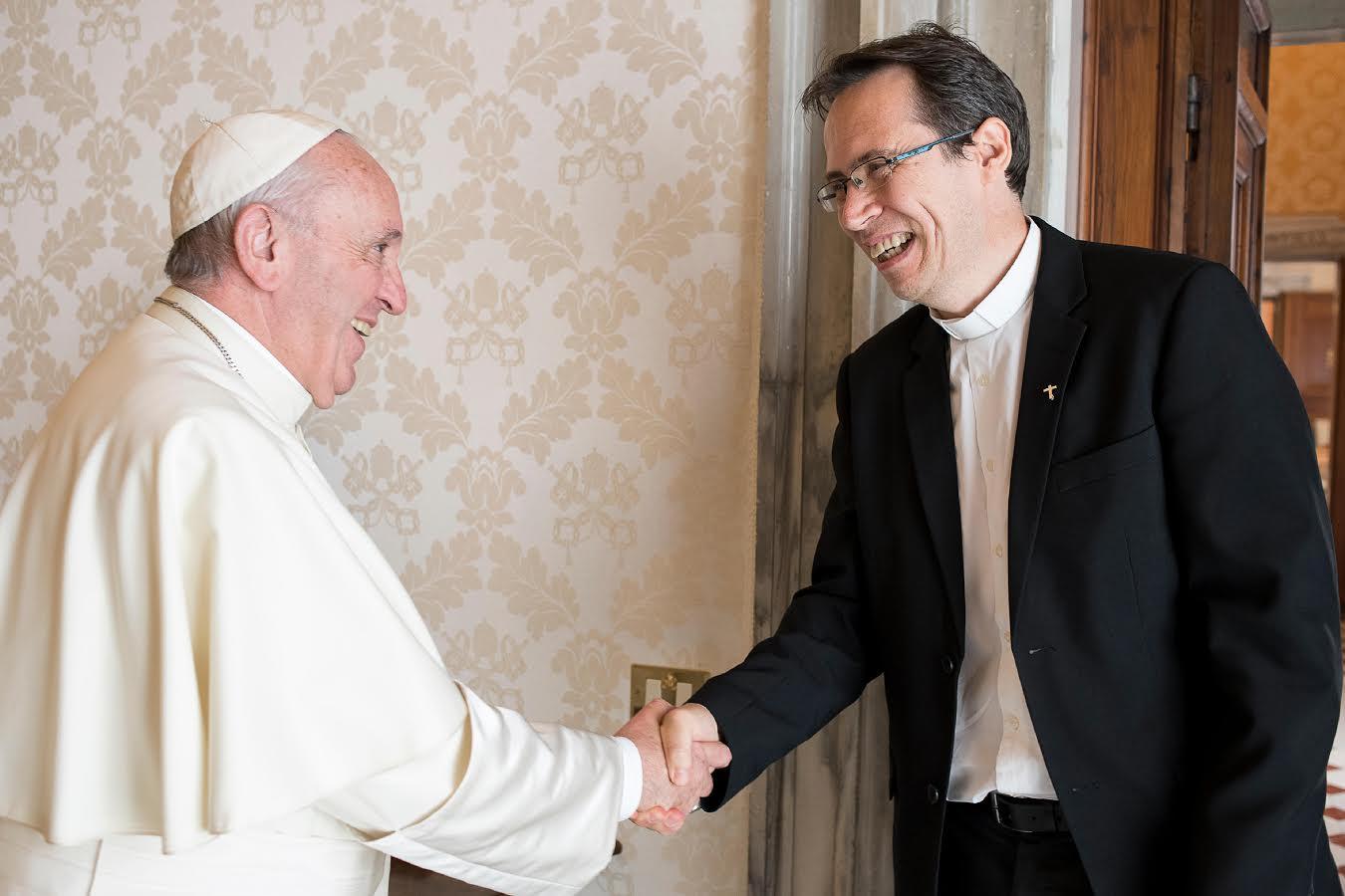P. Fornos, Directeur International Réseau Mondial de Prière du Pape © L'Osservatore Romano