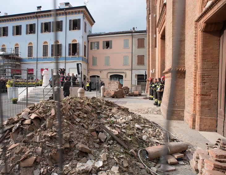Décombres Mirandola © L'Osservatore Romano