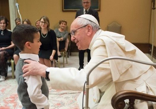 Rencontre avec les enfants malades de l'hôpital Bambino Gesu © L'Osservatore Romano