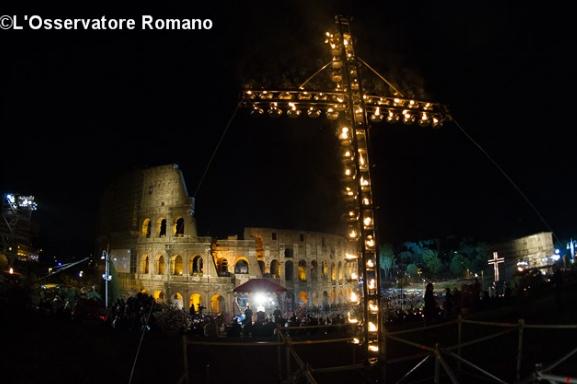 Chemin de croix au Colisée © L'Osservatore Romano