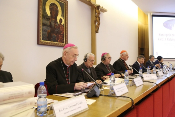 Congrès à Varsovie pour les 90 ans de Benoît XVI © Fondation Ratzinger