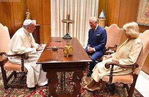 Audience du pape François, courtoisie de l'Ambassade britannique près le Saint-Siège